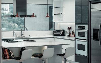 Moderne stænkplader til køkken og bad