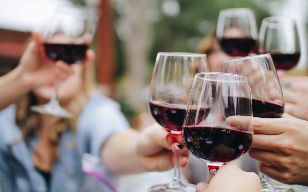 Hvordan drikker man rødvin?